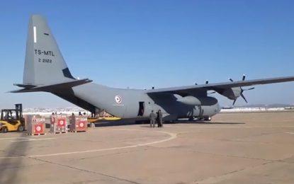 Double explosion à Beyrouth : Deux avions militaires tunisiens chargés d'aides s'envolent pour le Liban