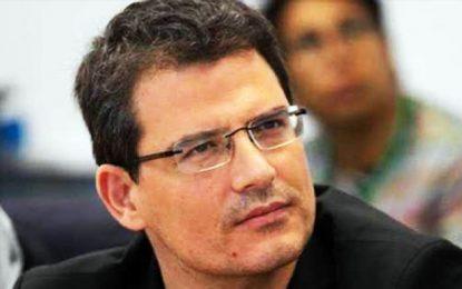 Le ministre Moez Chakchouk condamné à une lourde amende