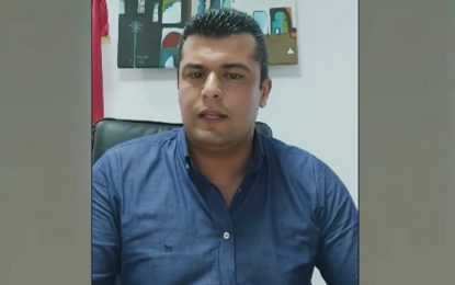 Menacé et insulté pour avoir interdit la chicha dans les cafés, le maire d'Ezzahra saisit la justice (Vidéo)