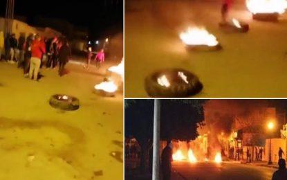 Nuit agitée à Gafsa : Manifestations et cambriolage de la recette des Finances à Moularès