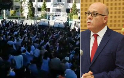 En colère après le décès de leur confrère, les médecins crient «dégage» au ministre de la Santé (Vidéo)