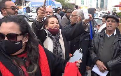 Le Bardo : Manifestation pour réclamer la dissolution du Parlement réprimée par la police