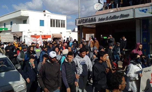 La Tunisie face à la colère des jeunes : Il est temps de briser le mur des incompréhensions ?