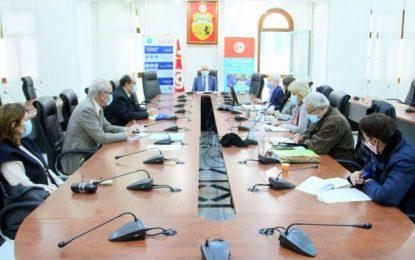 Tunisie : Le Comité scientifique a-t-il proposé un confinement général ? Hechmi Louzir répond