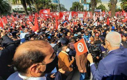 Ghannouchi et le baisemain ou la démocratie du suzerain et des vassaux