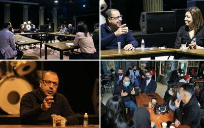 Amendement de la loi 52 : Mechichi se réunit dans un café avec des activistes de la société civile
