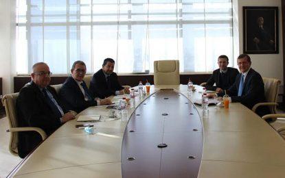 L'ambassadeur de l'Ukraine rend visite à l'Utica