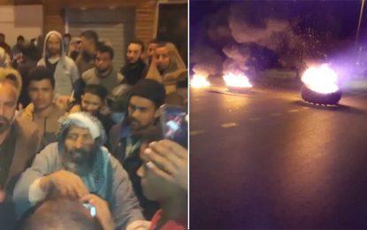 Manifestation nocturne à Tataouine pour soutenir le mouvement El-Kamour