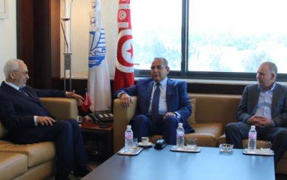 Crise politique : Rencontre entre Majoul, Taboubi et Ghannouchi au siège de l'Utica