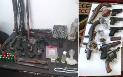 Des armes et des pièces archéologiques saisies dans un entrepôt à Mahdia : Six suspects arrêtés (Photos)