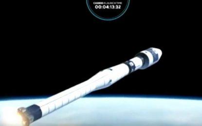 """Le premier satellite tunisien, """"Challenge One"""", lancé"""