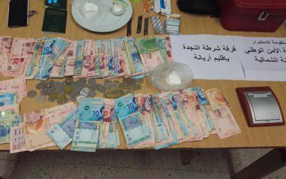 Ariana : Un dealer récidiviste arrêté en possession de cocaïne à la Cité Ghazela
