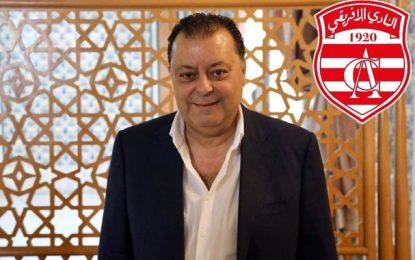 Le député Qalb Tounes Mounir Balti fait don de 100.000 dinars au Club africain
