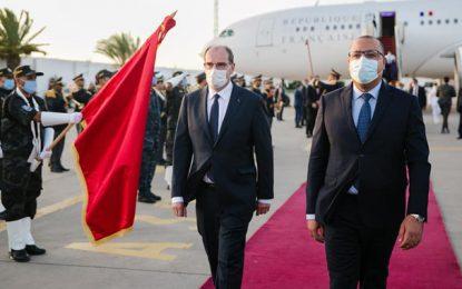 Jean Castex arrive en Tunisie accompagné de 6 ministres, 4 parlementaires et 40 chefs d'entreprises