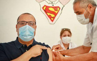 Hichem Mechichi, bien que vacciné,  testé positif au coronavirus