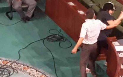 Assemblée : Sahbi Smara agresse Abir Moussi en pleine plénière (Vidéo)