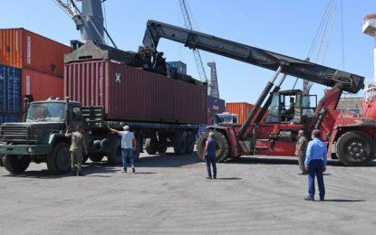Solidarité Italie-Tunisie : Arrivée de deux conteneurs chargés de matériel médical au port de Radès (Photos)