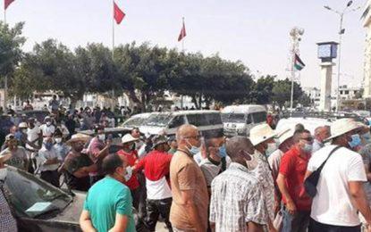 Zarzis : Manifestation contre le confinement général