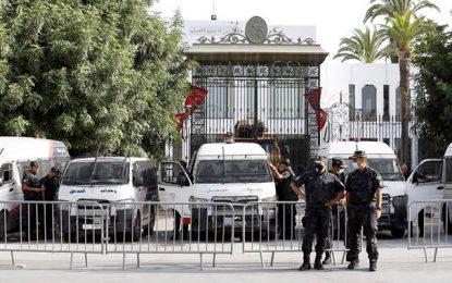 Tunisie : Au Bardo, c'est le calme absolu devant le siège du parlement