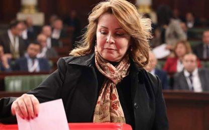 Tunisie : La députée de Qalb Tounes Chiraz Chebbi retourne officiellement sa veste