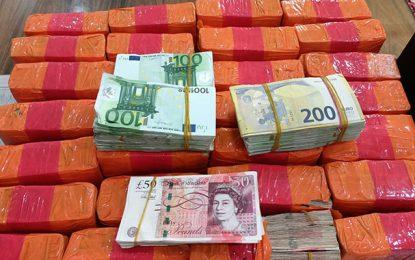 Tunisie – Kasserine : Saisie d'un gros montant en devises
