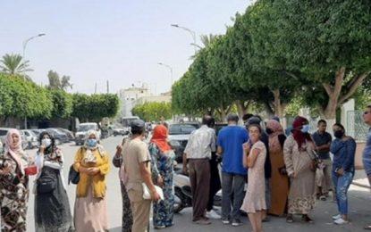 Kairouan : Fermeture de la route principale devant la municipalité pour réclamer l'eau et l'électricité