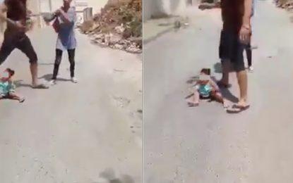 Fillette maltraitée et violentée en pleine rue : Arrestation de la mère, le père recherché