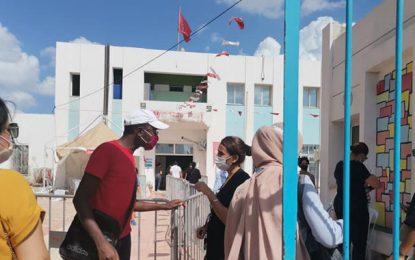 Cinquième journée de vaccination massive en Tunisie : Plus de 336.000 personnes vaccinées (15h)