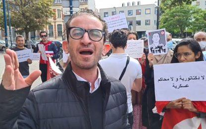 Oussama Khlifi (Qalb Tounes) manifeste devant le consulat de Tunisie à Paris