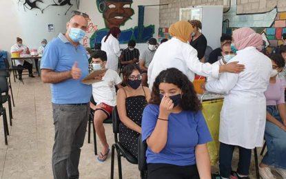 Sixième journée de vaccination massive en Tunisie : Plus de 556.000 personnes vaccinées (17h)