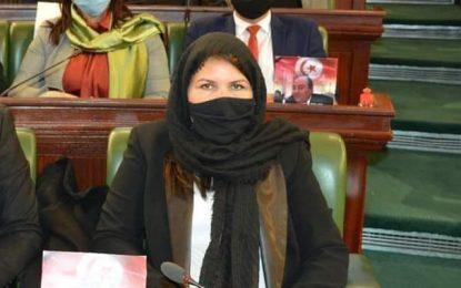 Après le refus de la prise en charge de son traitement contre le cancer, la députée Bouhlel appelle Saïed à trouver «une solution légale»