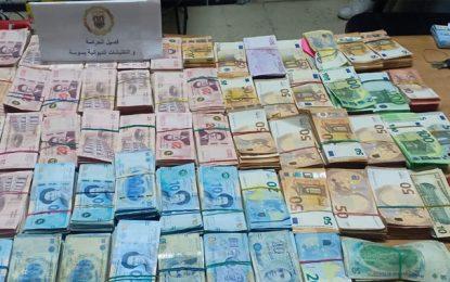 Tunisie : La garde douanière saisit 475.000 dinars en devises à Sousse